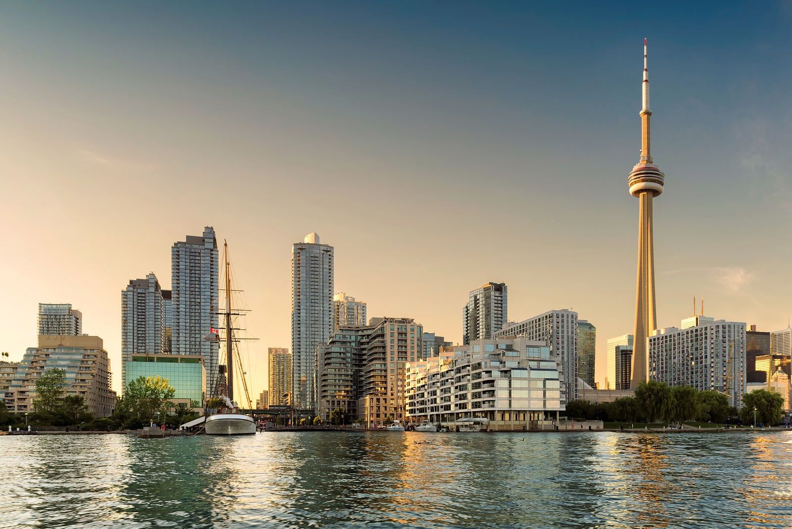 Interested in New Condo Development Projects in Toronto or the GTA? 5 Things to Know Before Buying